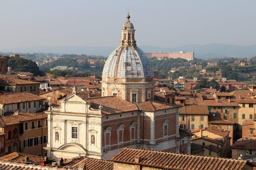 Siena: Oggi 01/07 il Sindaco De Mossi offre il cero alla Madonna diProvenzano