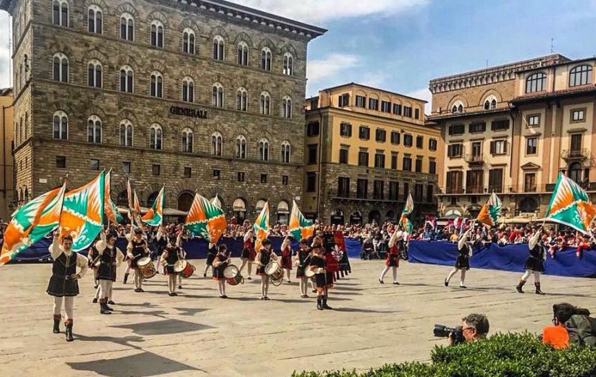 Toscana: Al Valdichiana Outlet Village torna l'evento del Terziere Porta Fiorentina di CastiglionFiorentino