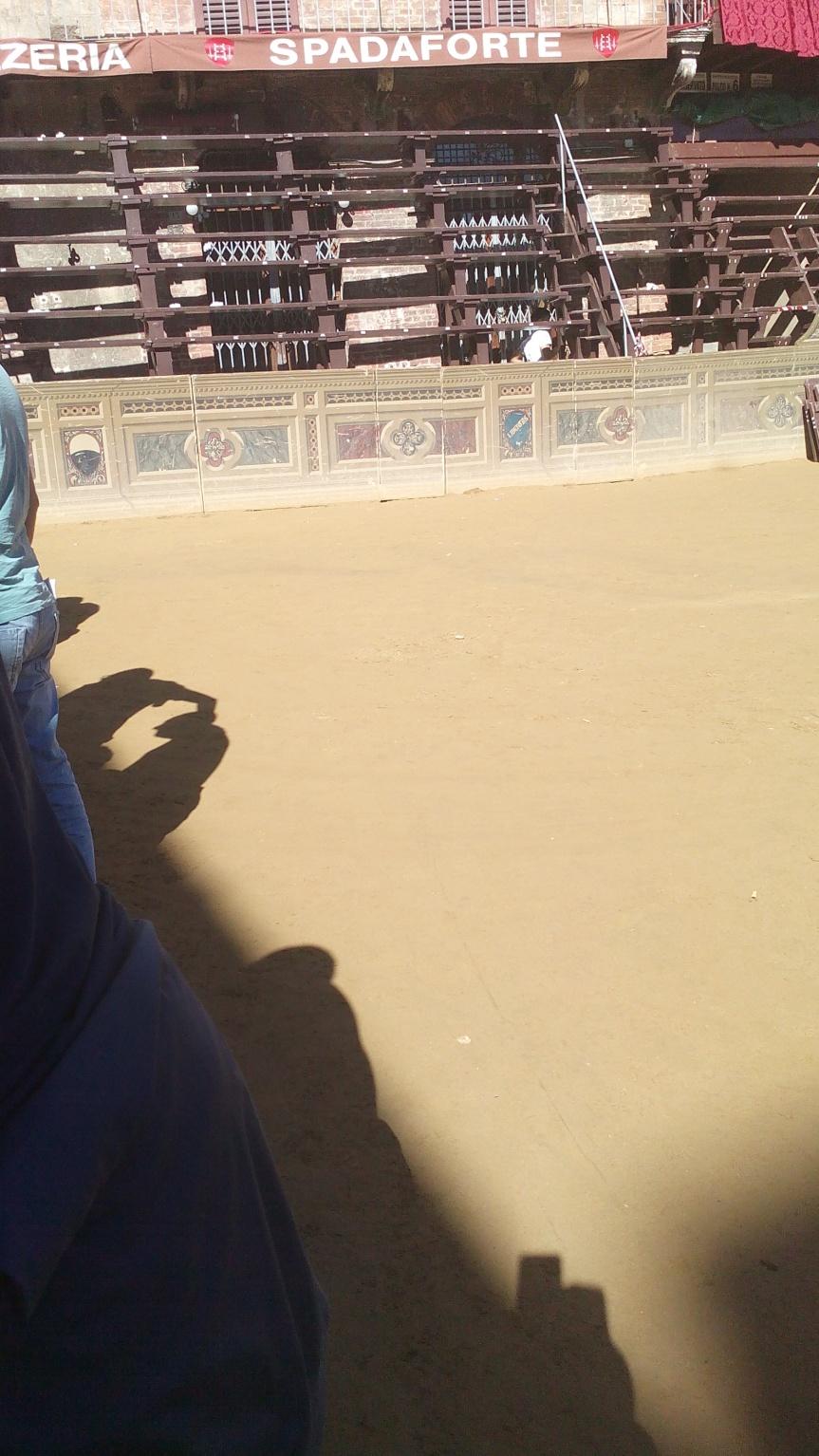 Palio di Siena: Le condizioni della Piazza alle ore 10.30.Foto