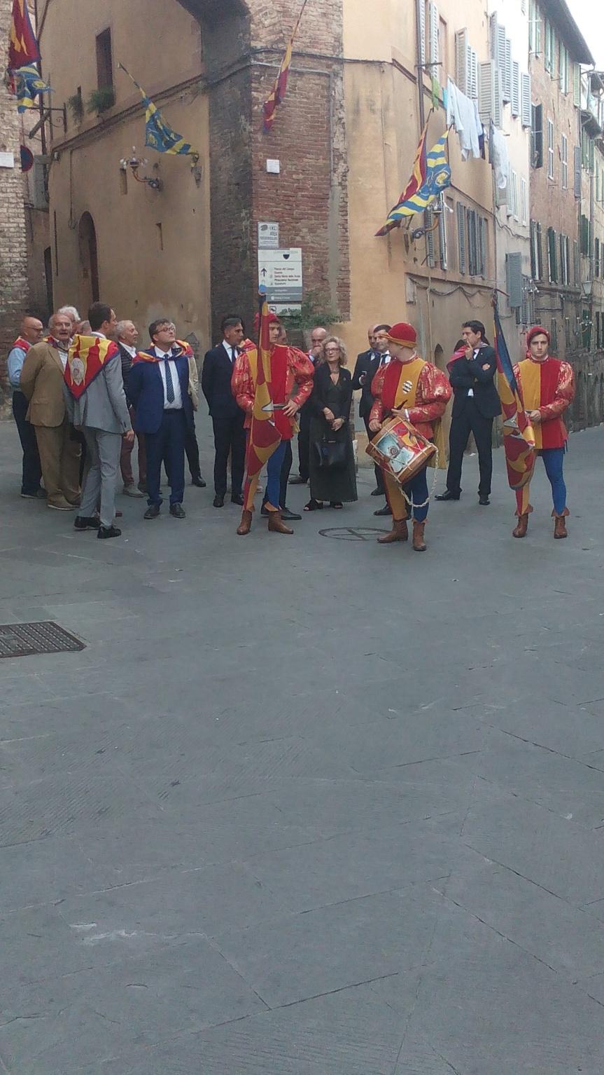 Siena, Contrada della Chiocciola: Ricevimento Signoria.Foto