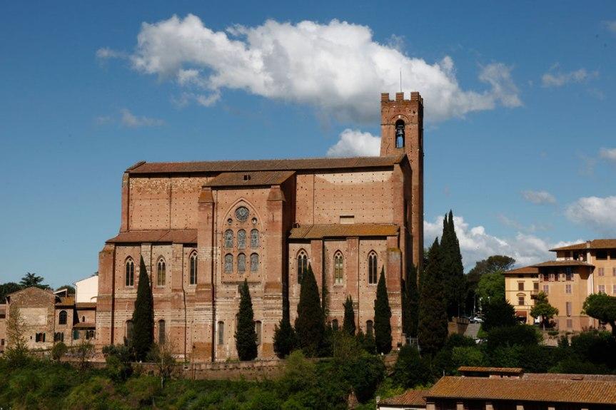 Angoli pittoreschi di Siena: La basilica di SanDomenico