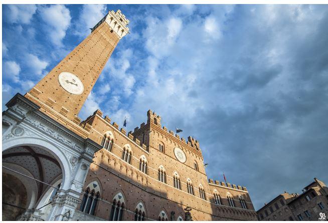 Siena, Diretta Rai del Palio: firmato il contrattotriennale