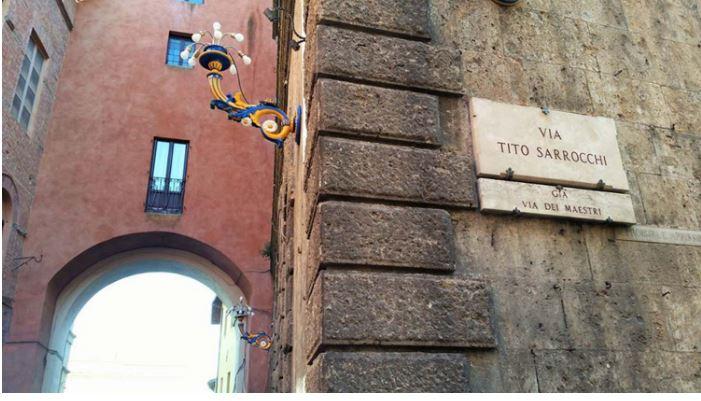 Angoli pittoreschi di Siena: Via TitoSarrocchi