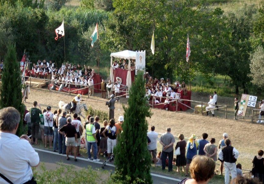 Provincia di Siena, la Giostra di Simone: Cenni Storici e Albod'Oro