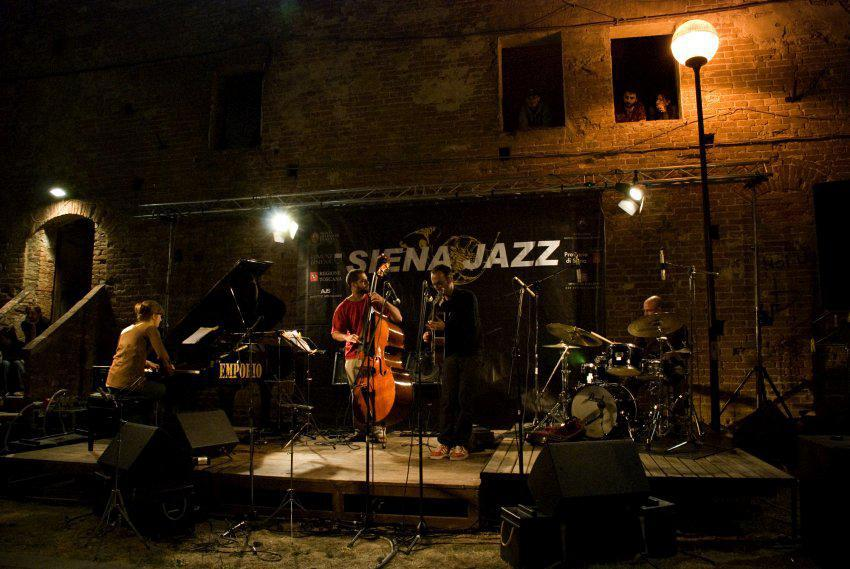 Siena: Jam Session in Contrada, occasione maicompresa