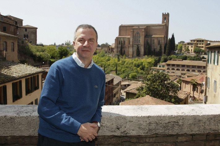 Siena: Oggi 30/11 Nel consesso odierno il presidente del Consiglio comunale è intervenuto sulla festa della Toscana che si celebraoggi