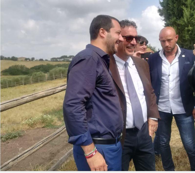 """Palio di Siena, Salvini: """"Non condanno la scaramuccia in Piazza dopo il Palio. Fa parte dellatradizione"""""""