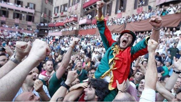 Palio di Siena: Brio nuovo re della Piazza. Il fantino che ha dominato il Palio spiega come havinto