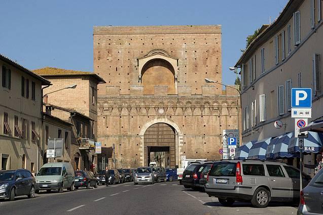 Siena: Dal 16 luglio attivo il nuovo varco Ztl di PortaPispini