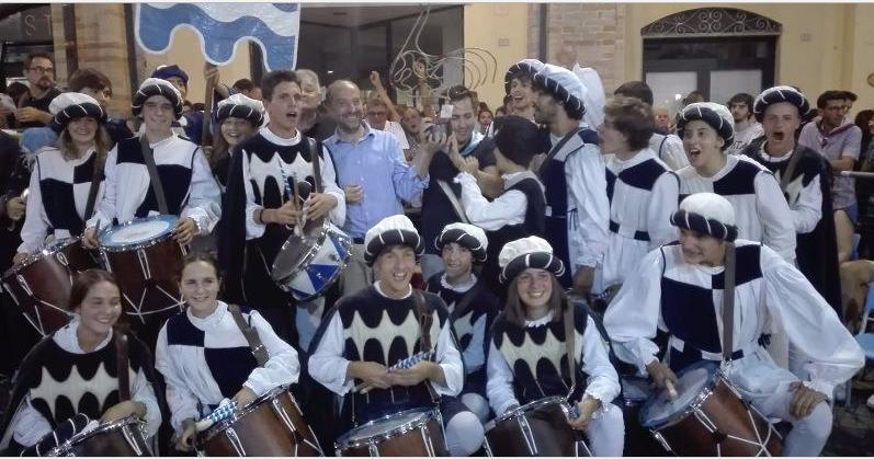 """Palio di Fermo,Gallo d'Oro 2018: Sul podio più alto i tamburini della contrada Pila. Il priore Catini: """"Gruppo coeso, vedere i ragazzi felici e divertiti è la vittoria piùgrande"""""""
