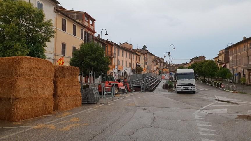 Palio di Ronciglione: Si sta preparando la Pista per le Corse aVuoto!!