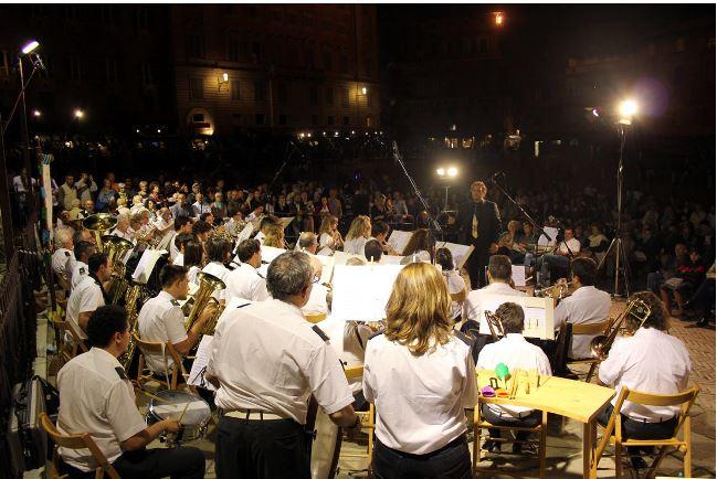 Siena: Domani 14/08 concerto in piazza del Campo della Banda Città delPalio
