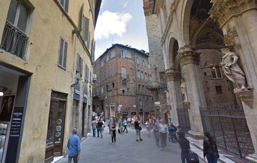 Siena: Freno licenze ed estensione zona 1, le posizioni di Confcommercio eConfesercenti