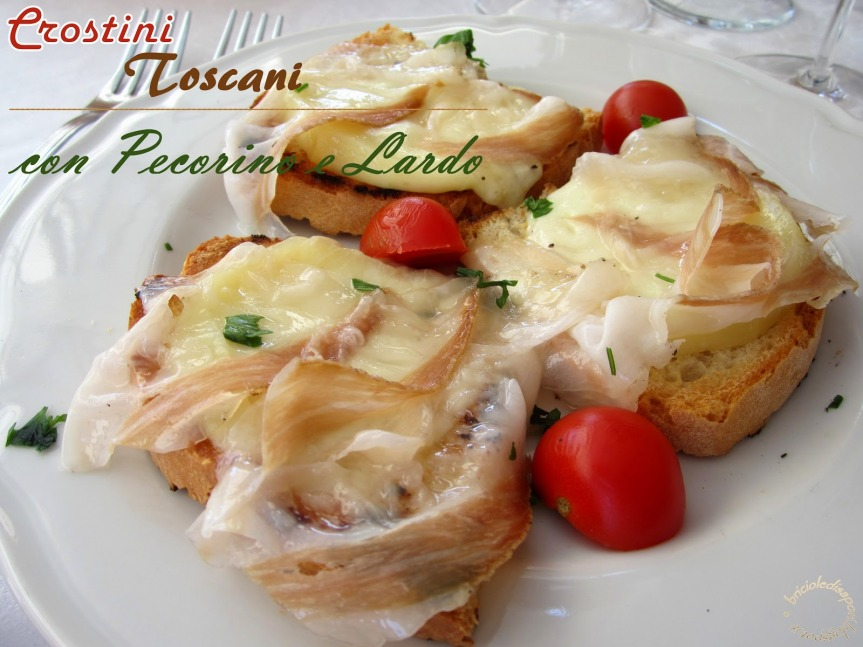 Siena, Gastronomia:  Crostini con pecorino elardo