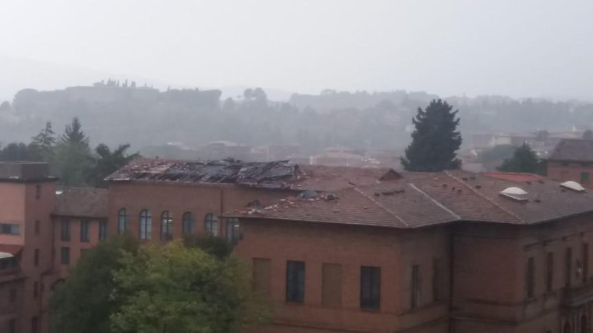 Siena, Maltempo: Alcuni video e foto del Nubifragio e la tromba d'aria che si è abbattuta su Siena eprovincia