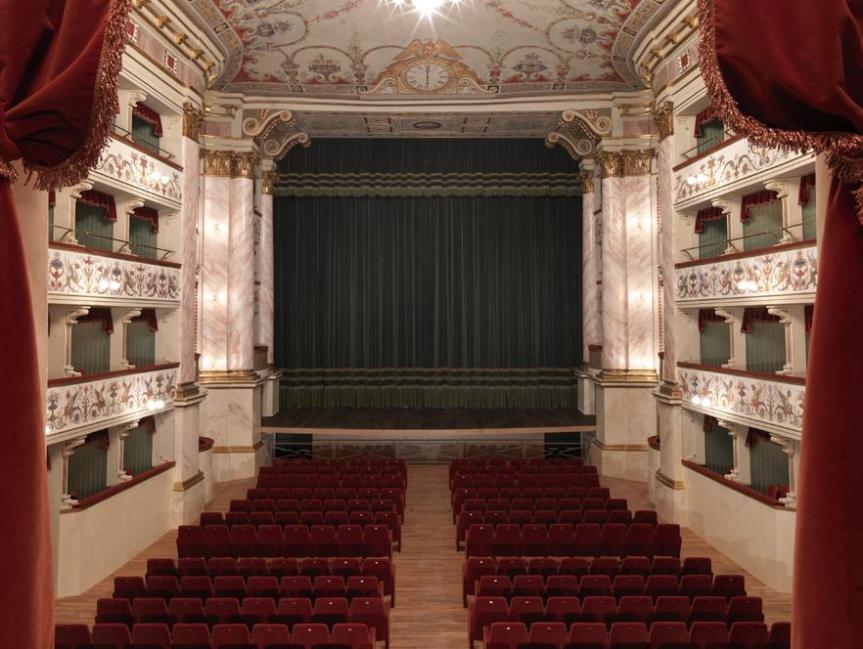 Siena: Oggi 11/01 ore 21.00 Concerto tributo a Fabrizio De Andrè al Teatro deiRonnovati