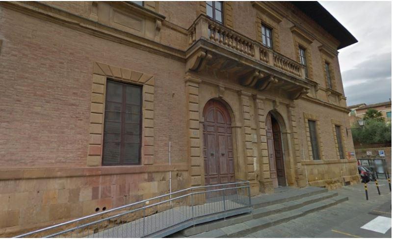 Siena: Saffi, lavori non finiti per l'inizio delle lezioni. Scuola quasi off limits, tutti idivieti