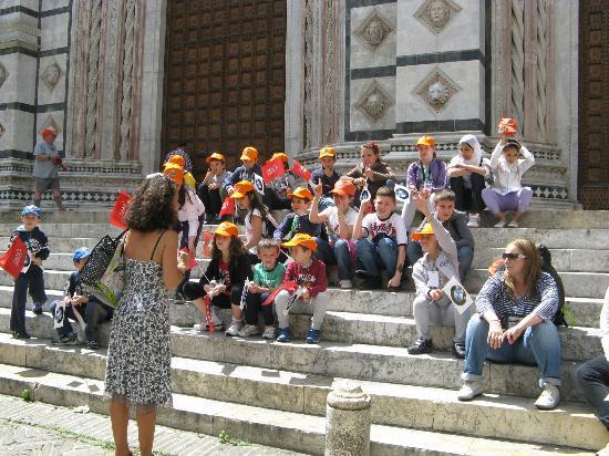 Toscana, Coronavirus: Tra i nuovi casi due neonati. Turismo ko: l'economia oratrema