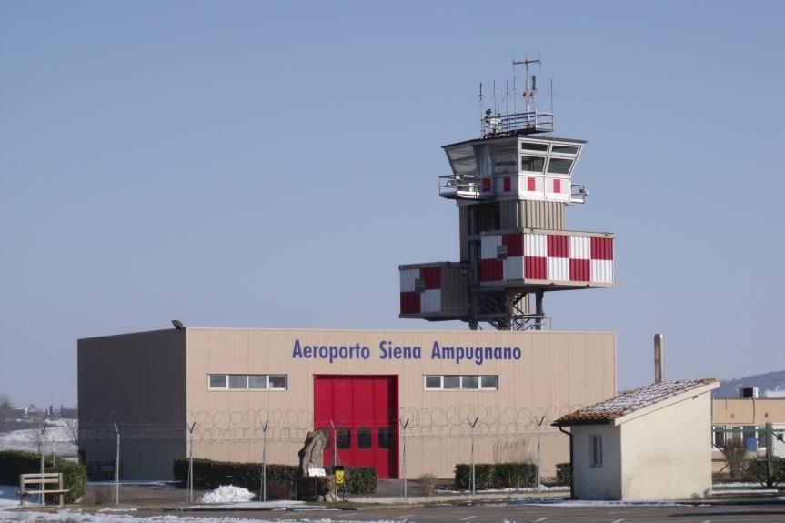 """Siena, De Mossi su futuro aeroporto Ampugnano: """"Potrebbe accogliere il traffico aereo che a Firenze non trovaspazio"""""""