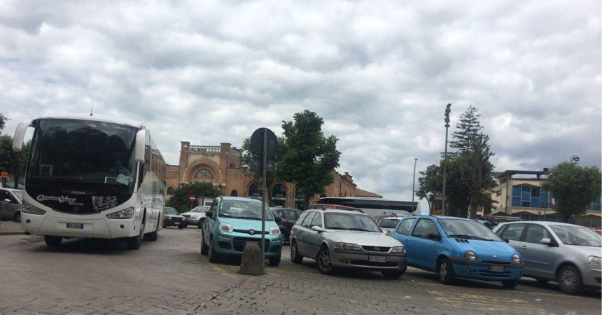 Siena, Attracco selvaggio dei bus turistici e problemi di sicurezza: Ordinanza delSindaco