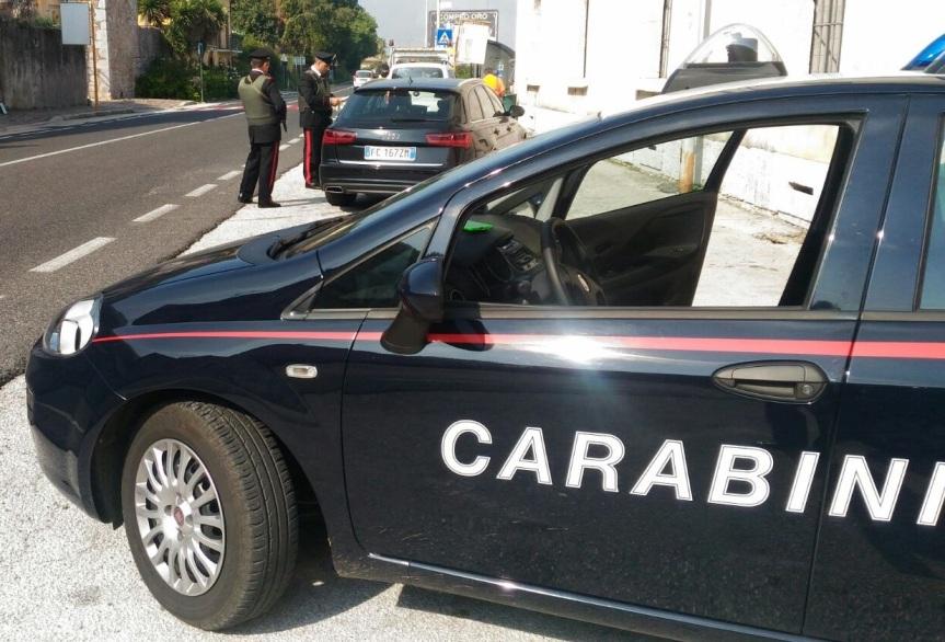 Siena: I carabinieri a Taverne d'Arbia per far rispettare ad un uomo gli arrestidomiciliari