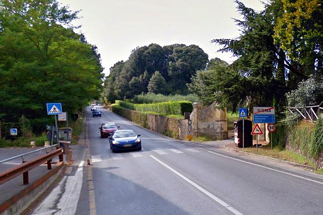 Provincia di Siena: Scontro fra auto e moto, il centauro trasportato alleScotte