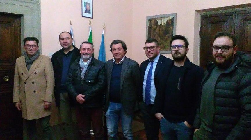 Palio di Castiglion Fiorentino: Incontro ufficiale tra il magistrato Alessandro Singali, i Presidenti e i capitani deiRioni.