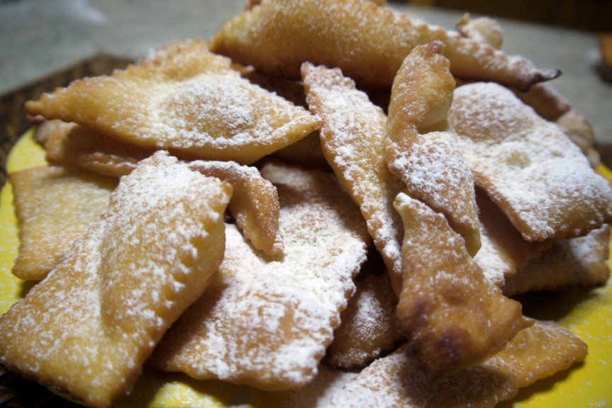 Provincia di Siena, Torrita di Siena: Bugie, cenci, strufoli, chiacchere o crogetti… una sfida a colpi ditradizioni
