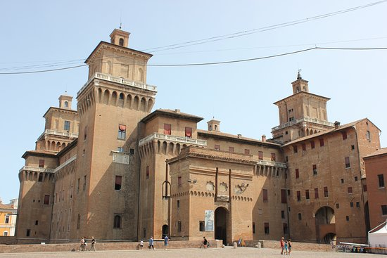Palio di Ferrara: 22/02 Castello Estense-Inaugurazione Carnevale degliEste