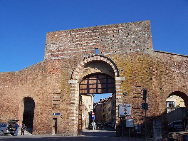 Siena: Via al restyling delle antiche porte Maxi-investimento da 150milaeuro