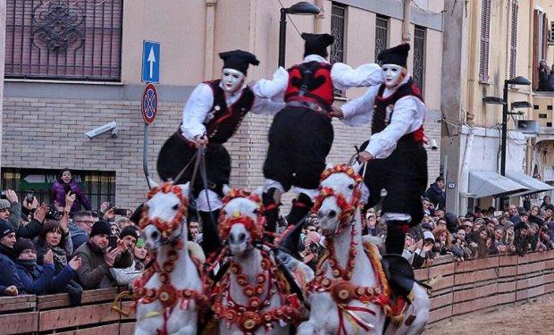 Sardegna, Sa Sartiglia 2020: L'elenco deicavalieri