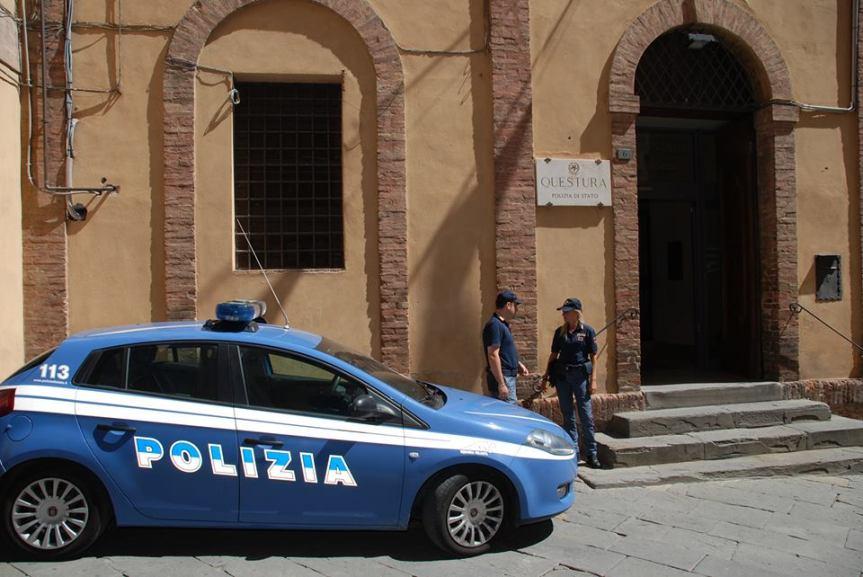 Siena: Maltratta la moglie e le incendia l'auto, straniero violento allontanato dacasa
