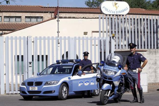 Toscana: 34 patenti ritirate nel week-end dalla Polizia Stradale inToscana