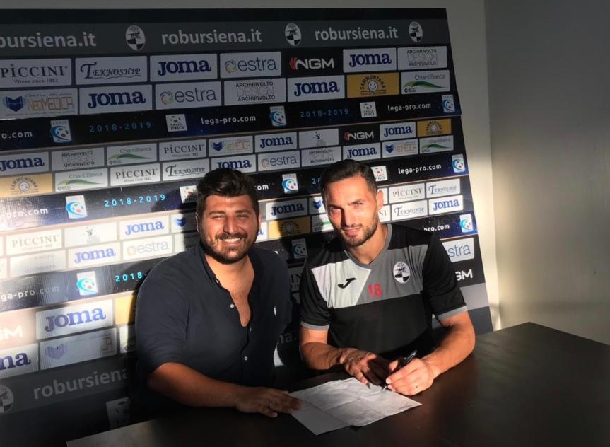 Siena, Robur Siena: D'Ambrosio in bianconero fino al2023