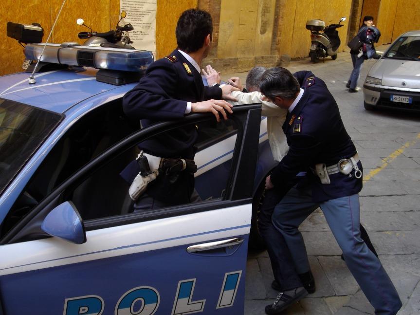 Siena, Violenza di gruppo: Tre arresti e unindagato