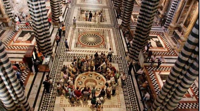 Siena: Pavimento del Duomo, la bellezzariscoperta