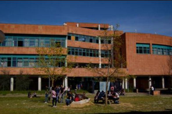 Siena: Denunciato due giorni fa per atti persecutori, si presenta alla prova universitaria della figliaterrorizzandola
