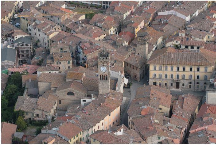 Provincia di Siena: Una schiacciata da guinness lunga 40 metri aPoggibonsi