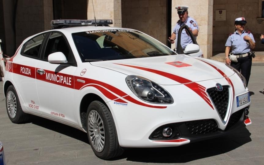 Toscana: Fa strike di auto e finge di non essere ilconducente