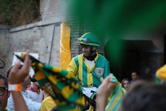 Cavalcata dell'Assunta: Oggi 15/08 Gavino Sanna vince il Palio su Zenia Zoe per la Contrada Torre diPalme
