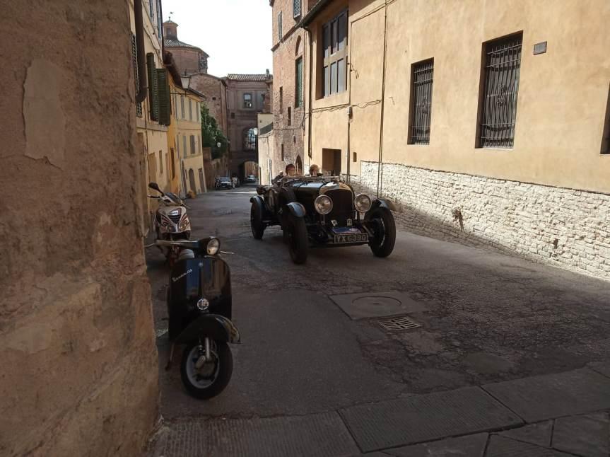 """Siena: Oggi 21/09 è passato per le vie del centro il """"Gran Premio Tazio Nuvolari2019"""""""