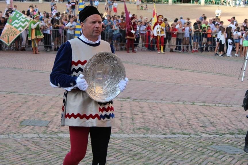 Palio di Siena: Consegna Masgalano 2019 alla Contrada dell'Istrice