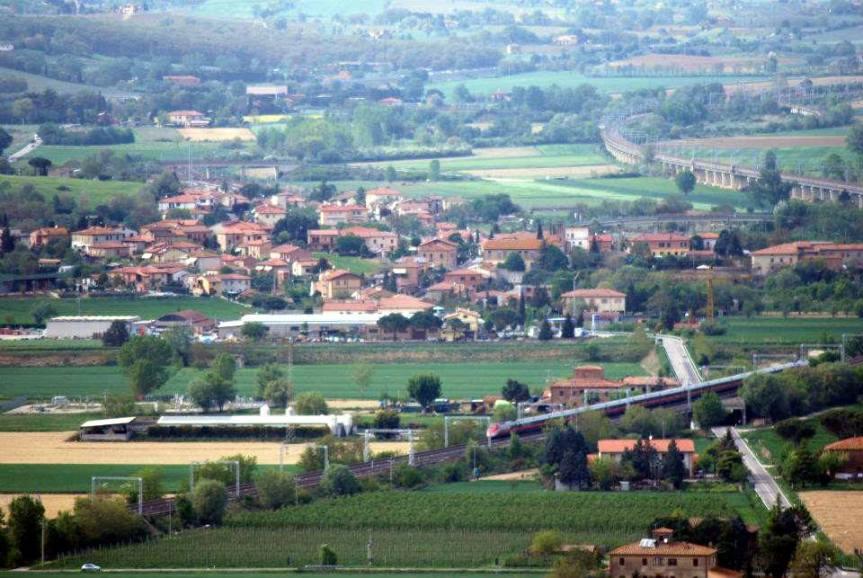 Provincia di Siena: A Montallese iniziati i lavori di asfaltatura di tutta la strada dellafrazione
