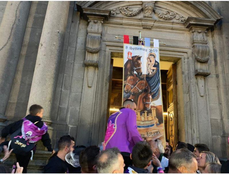Palio di Castel del Piano: Oggi 08/09 vince Borgo con Sanna su ToutBeau