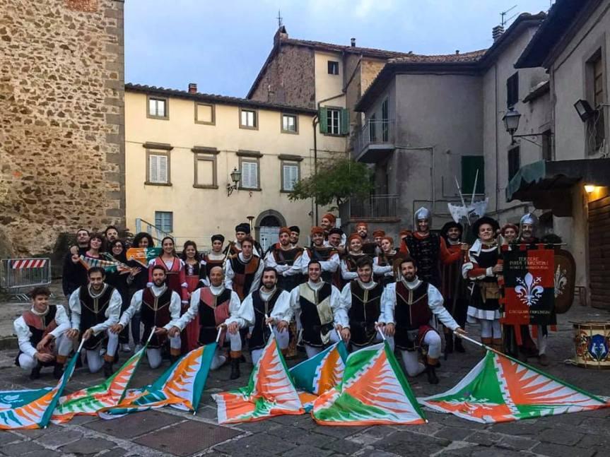 palio di Castiglion Fiorentino, Terziere Porta Fiorentina: Video  Gruppo Musici e Sbandieratori  alla Festa della Castagna del20/10