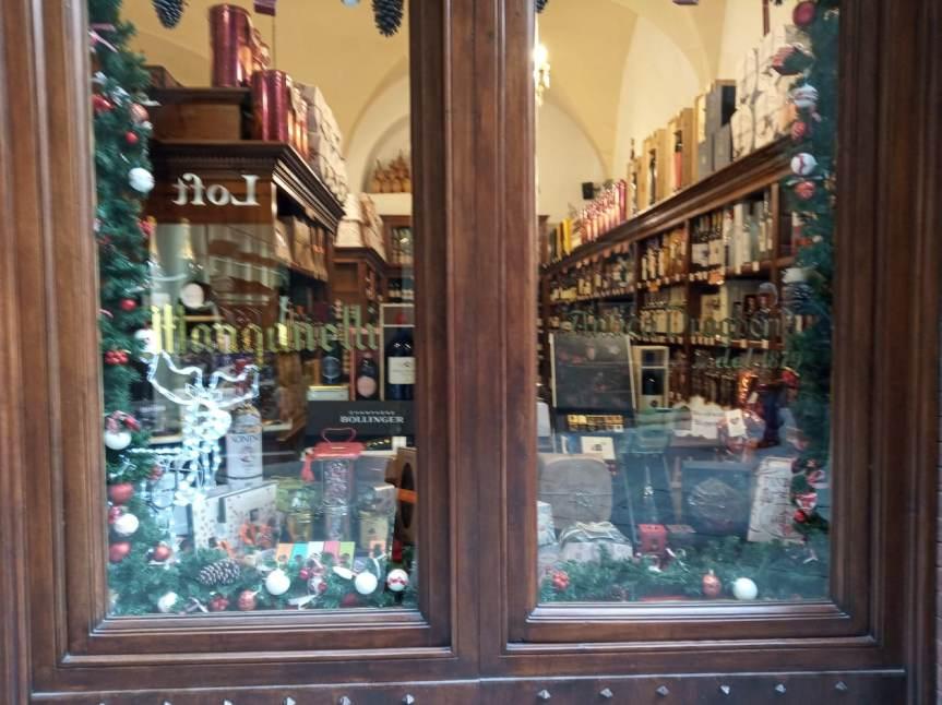 Siena, Sponsor: Per gli acquisti natalizi passate dall'Antica DrogheriaManganelli