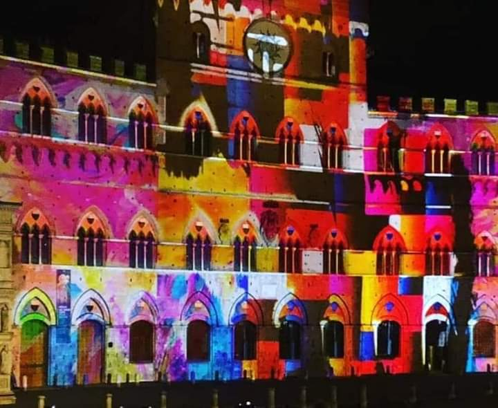 Siena, Il Natale di Siena: Via a luminarie evideomapping