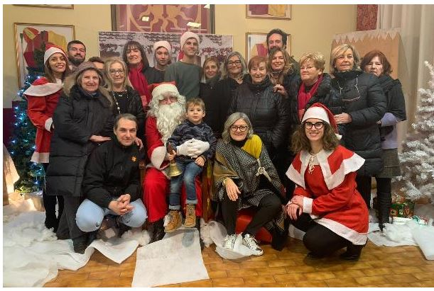 Palio di Legnano, Contrada legnarello: Resoconto mercatino Giallorosso e Babbo Natale in Maniero del13-14-15/12