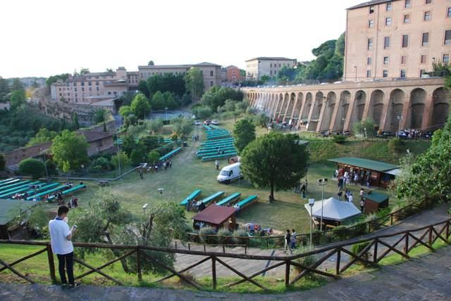 Siena, Contrada della Chiocciola: Cene all'Oliveta