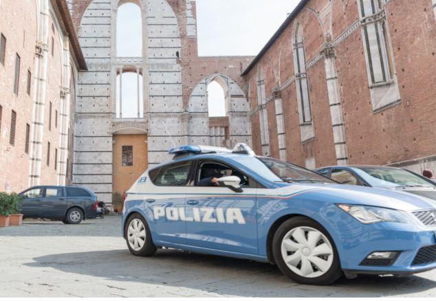 Siena, Capodanno a Siena: Tre feriti lievi per botti efuochi